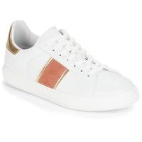 Schoenen Dames Lage sneakers André FRISBEE Wit