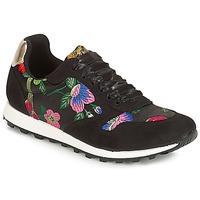 Schoenen Dames Lage sneakers André RUNY Multicolour