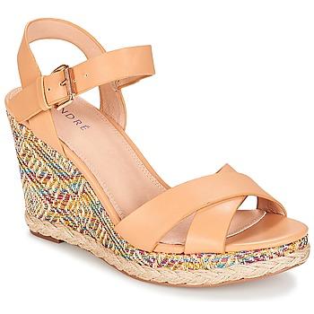 Schoenen Dames Sandalen / Open schoenen André ANTARES Nude