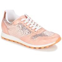 Schoenen Dames Lage sneakers André RUNY Roze