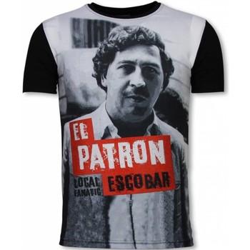 Textiel Heren T-shirts korte mouwen Local Fanatic El Patron Escobar - Digital Rhinestone T-shirt 38