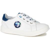 Schoenen Jongens Lage sneakers GBB URSUL Vte / Wit-blauw / Led / Dpf / 2706