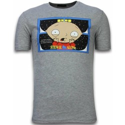 Textiel Heren T-shirts korte mouwen Local Fanatic Stewie Home Alone Grijs